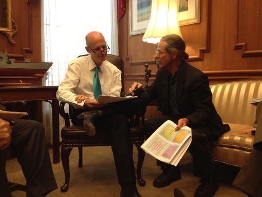 Jeff Chanton explains climate change to Rick Scott_Jennifer Portman.
