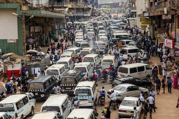 Photo of Kampala Traffic by Tim Abbott |Flickr | CC BY-NC-ND 2.0   (https://www.flickr.com/photos/theabbott/9734402184/)