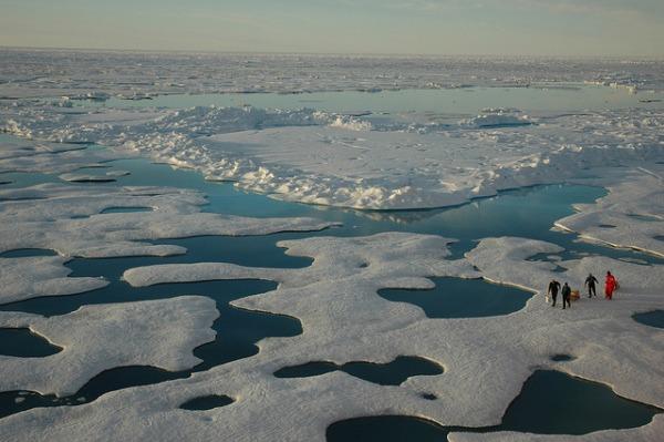 Scientists from the USCG Icebreaker HEALY, Arctic Ocean, Canada Basin, July 22, 2005. Image by Jeremy Potter NOAA/OAR/OER