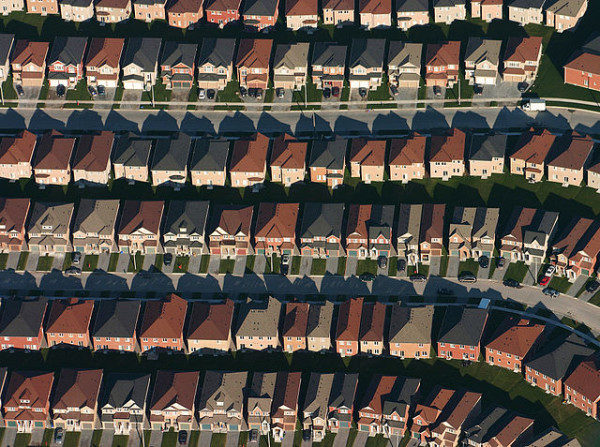 An aerial view of housing developments near Markham, Ontario Photo by IDuke, November 2005Wikimedia | CC BY-SA 2.5