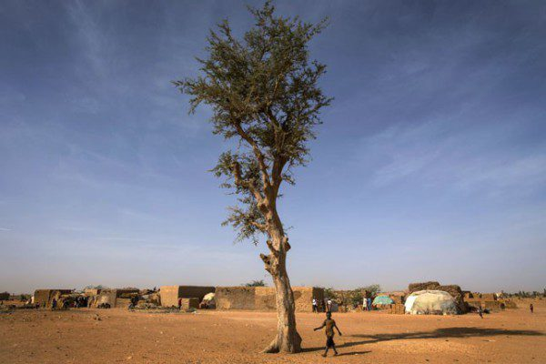 Internally displaced people near Mopti, MaliMarco Dormino/UN Photo | Flickr | CC BY-NC-ND 2.0
