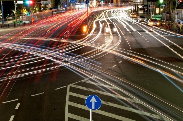 Rush Hour by Shinichi Higashi | Flickr | CC BY-NC-ND 2.0