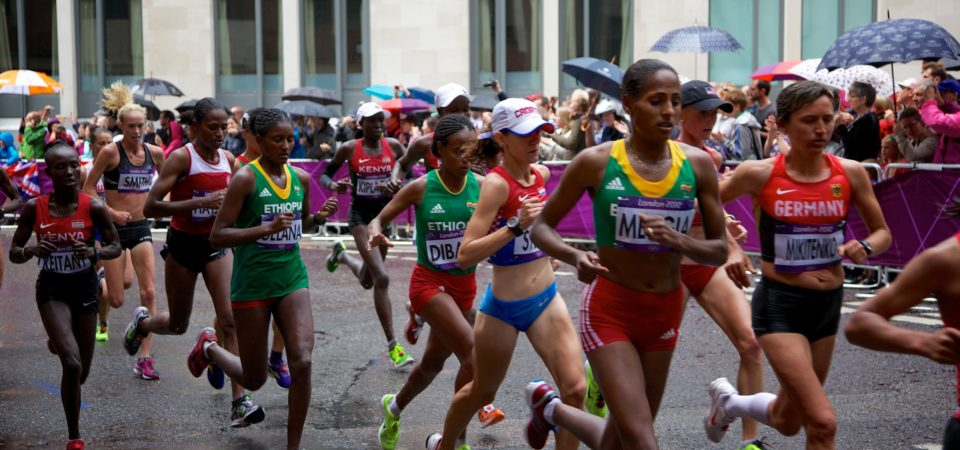 Women's Marathon 2012 Olympics by Aurelien Guichard | Flickr | CC BY-SA 2.0With projected changes in temperature, humidity, heat radiation, and wind, by 2085 London will be among 33 cities with low-risk (less than 10%) of having to cancel the marathon event due to unsafe racing conditions.