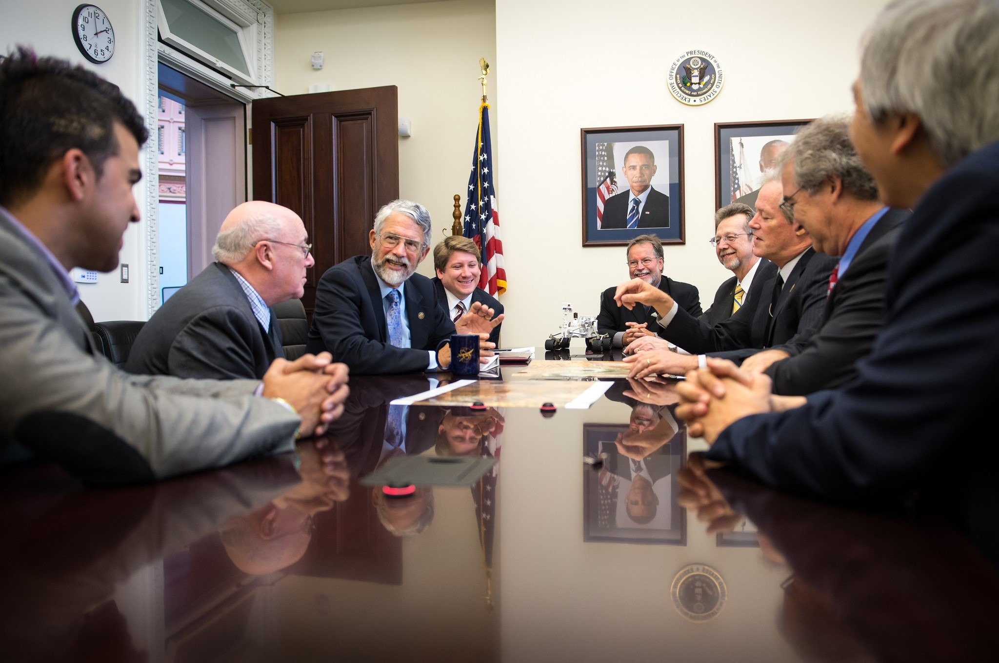 Dr. John Holdren meets with members of the NASA Mars Science Laboratory team on Thursday, August 1, 2013 at the Eisenhower Executive Office Building in Washington.Photo Credit: (NASA/Bill Ingalls) | Flickr | CC BY-NC-ND 2.0