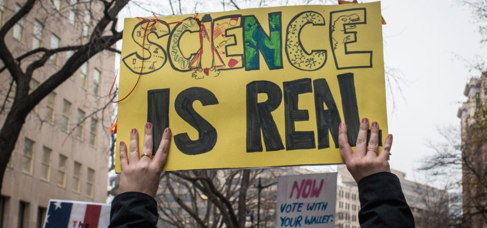 Science is Real at Women's March 2017 in Washington, DC | Public Domain