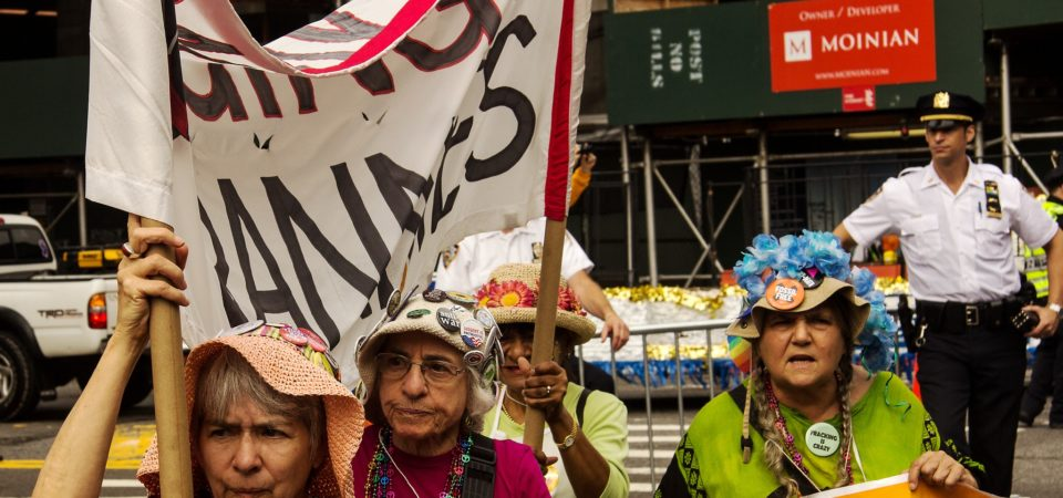 Raging Grannies join the 2014 Climate March by Doug Turetsky | Flickr | CC BY-NC-ND 2.0