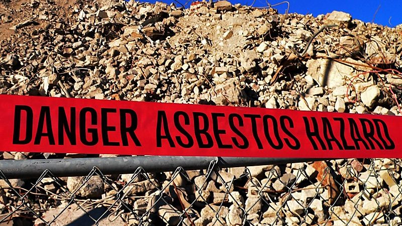 Danger Asbestos Hazard by Matt Niemi | Flickr | CC BY-NC-ND 2.0