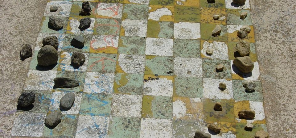 Chessboard by borderhacker | Flickr | CC BY-NC 2.0