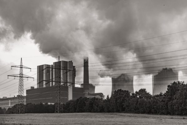 Coal power-plant by x1klima | Flickr | CC BY-ND 2.0