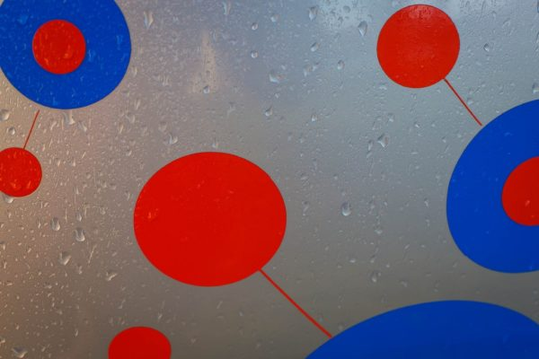 A systems approach requires us to connect the dots    Image by Stephan Kiessling   Flickr   CC BY 2.0